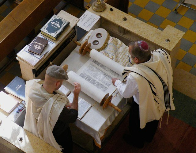 A Question on the History of Modern Day Judaism