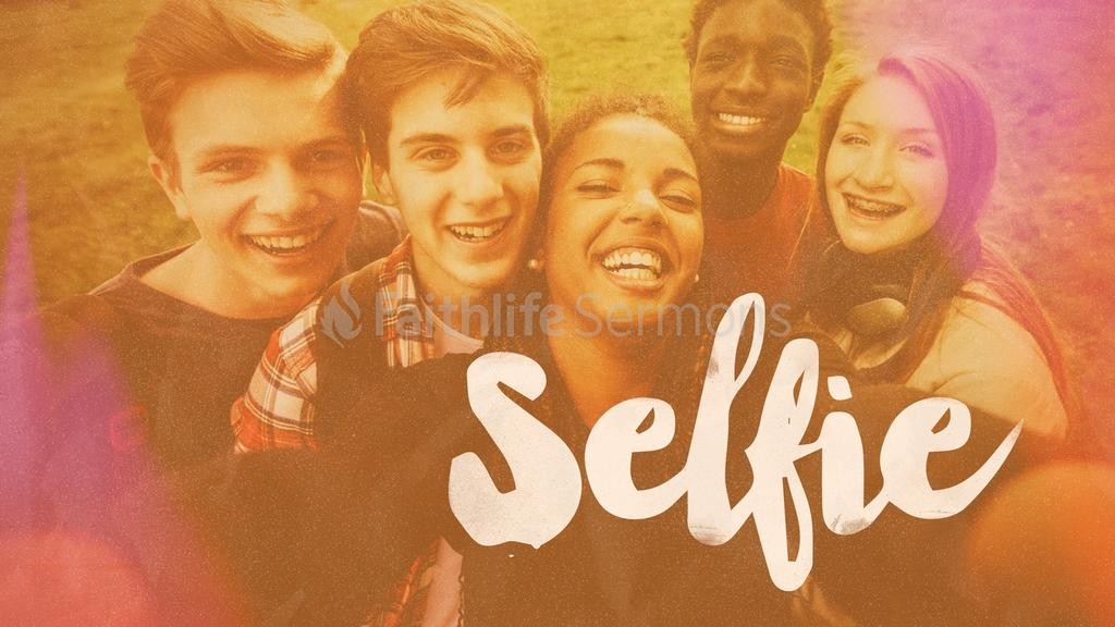 Selfie large preview