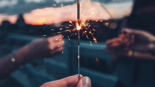 Summer Sparklers - Content - Motion