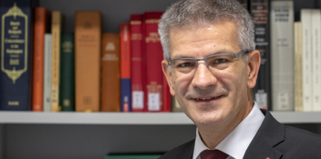 Prof. Dr. Thomas Hieke