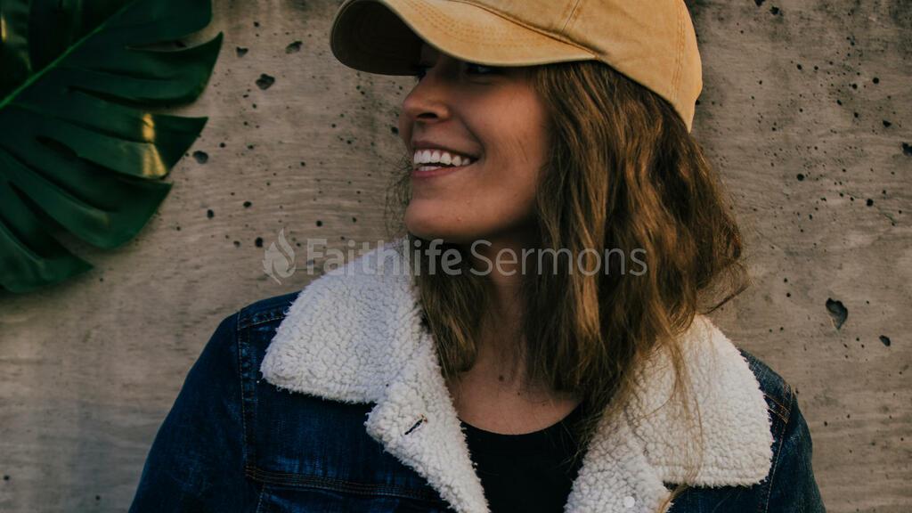 Women's Ministry portrait of a woman 16x9 86596d87 cfbd 4dcc 900d 837d06cb24f1 preview