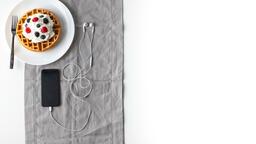 Breakfast waffle and iphone 16x9 a63c731a c6d0 4da0 9085 35e32db78b66 image