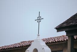 Church Buildings iron cross 16x9 dec07e66 c9bb 4125 8cec bb58806c4f9a PowerPoint image