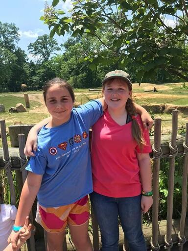 2019 Zoo Trip, Addie & Mackenzie