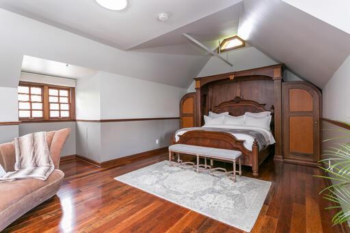 Third Floor Apartment