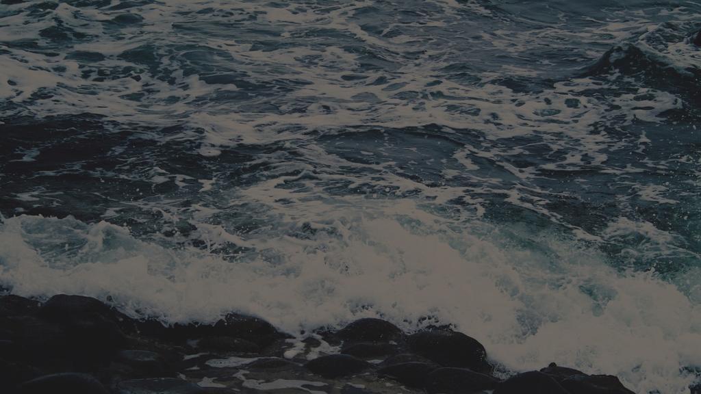 Crashing-Waves large preview