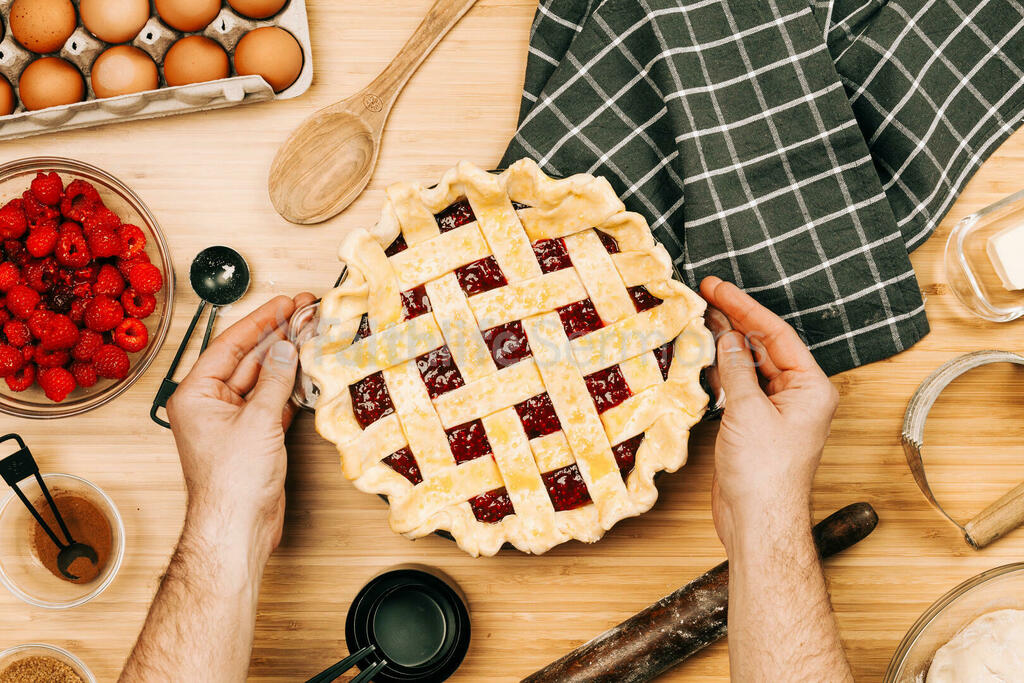 Baking Pie a 16x9 cc82b05f 2e45 47a2 b25a 460ea34f243e preview