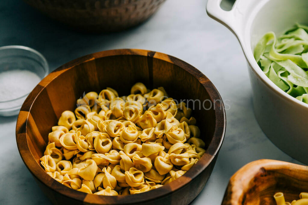 Cooking Pasta ingredients 16x9 25c7ef31 40ed 4bb3 a4a1 083b9f79bec9 preview