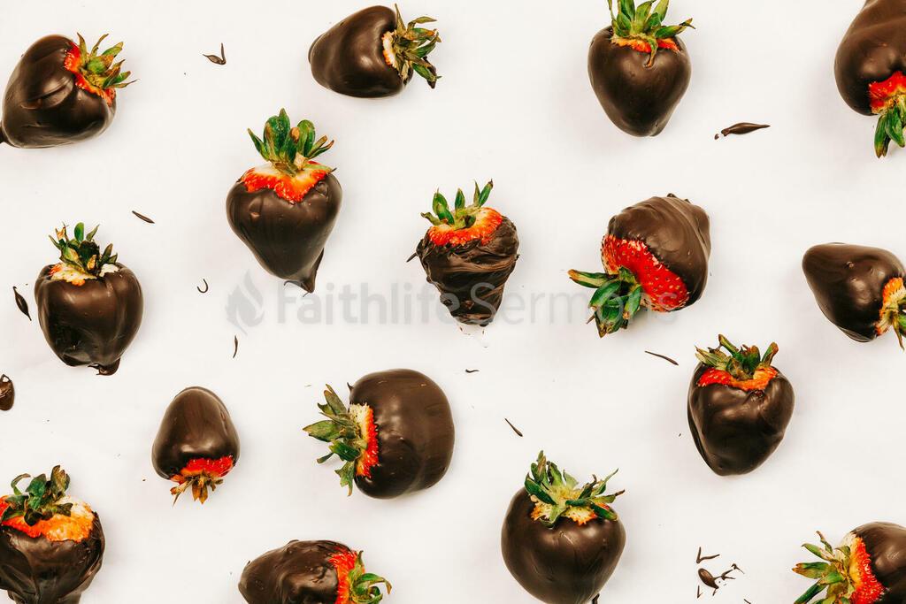 Chocolate Covered Strawberries chocolatecovered 16x9 860fac2a 10da 40b1 bc77 08e03f03a13e preview