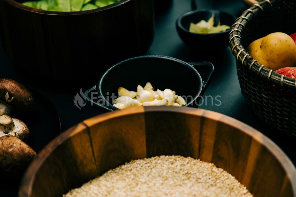 Cooking meal prep 16x9 4726a108 6430 4079 a333 e969d0efada8 preview