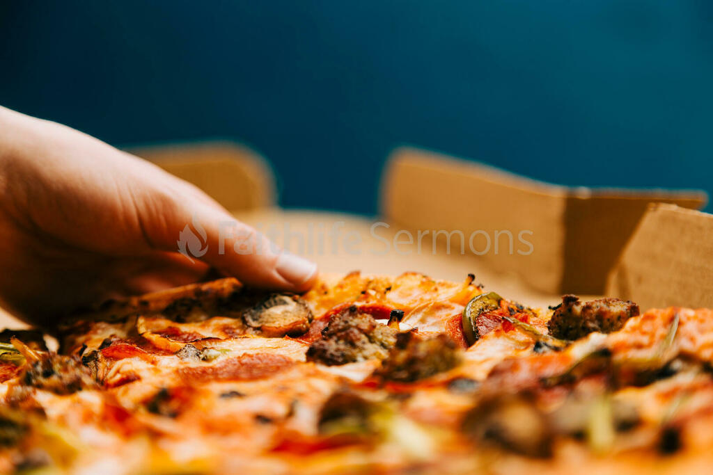 Pizza Boxes hand grabbing a slice of 16x9 1b419847 f2b5 4df6 b772 5cfebeec65d4 preview