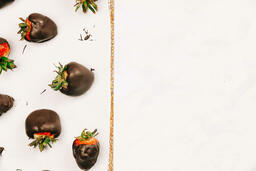 Chocolate-Covered Strawberries  image 2