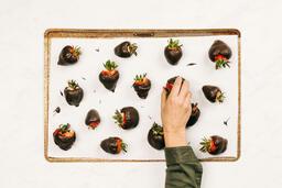 Chocolate-Covered Strawberries  image 3