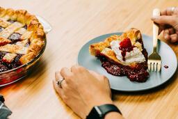 Berry Pie eating 16x9 ef3ff6e3 1474 46c1 912c 2ec24da0cac1 image