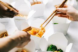 Chinese Food Boxes food30 16x9 cd7b2f01 6c59 4e44 8ec7 c47b1eeea06d image