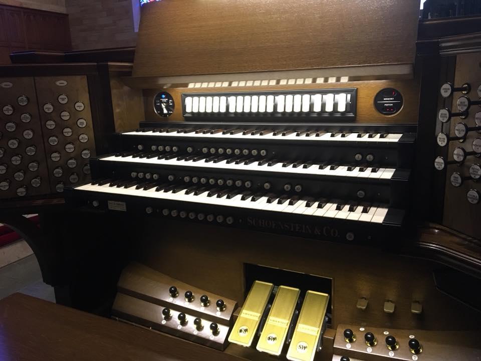 Schoenstein Console 1