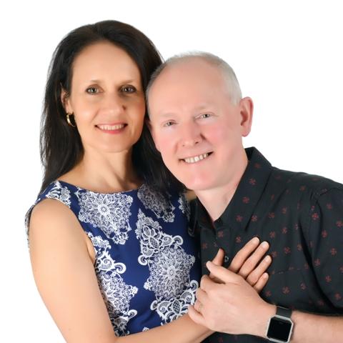 Stephen & Helen Holt