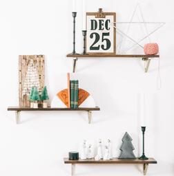 Christmas Decor on Floating Shelves  image 2