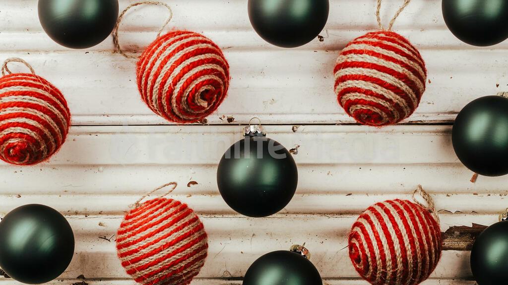 Rustic Christmas 2018 ornaments 16x9 34c4d609 b5ef 4f72 9f8b d9b77c11593b preview