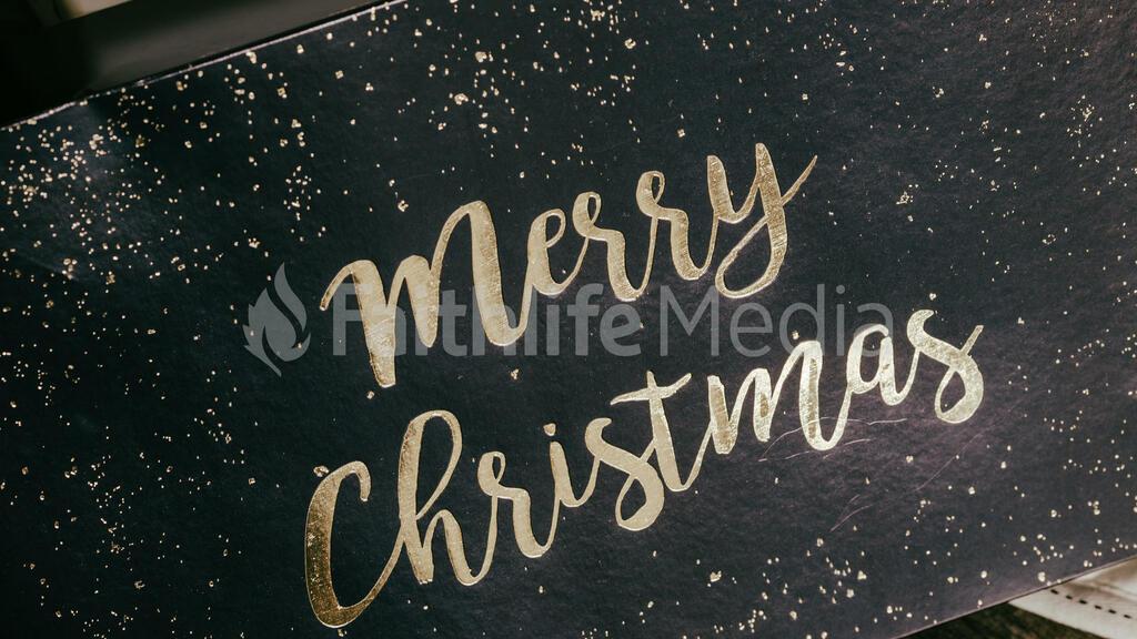 Metallic Christmas 2018 merry gift box 16x9 79e48768 093d 4af6 bc15 bc552adfdffa preview