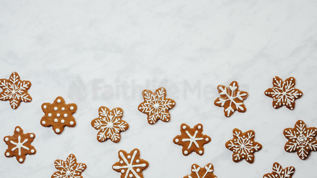 Snowflake Gingerbread Cookies large preview