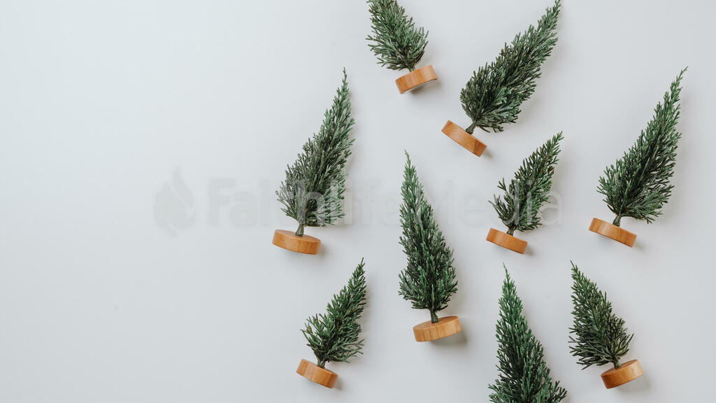 Scattered Christmas Trees large preview