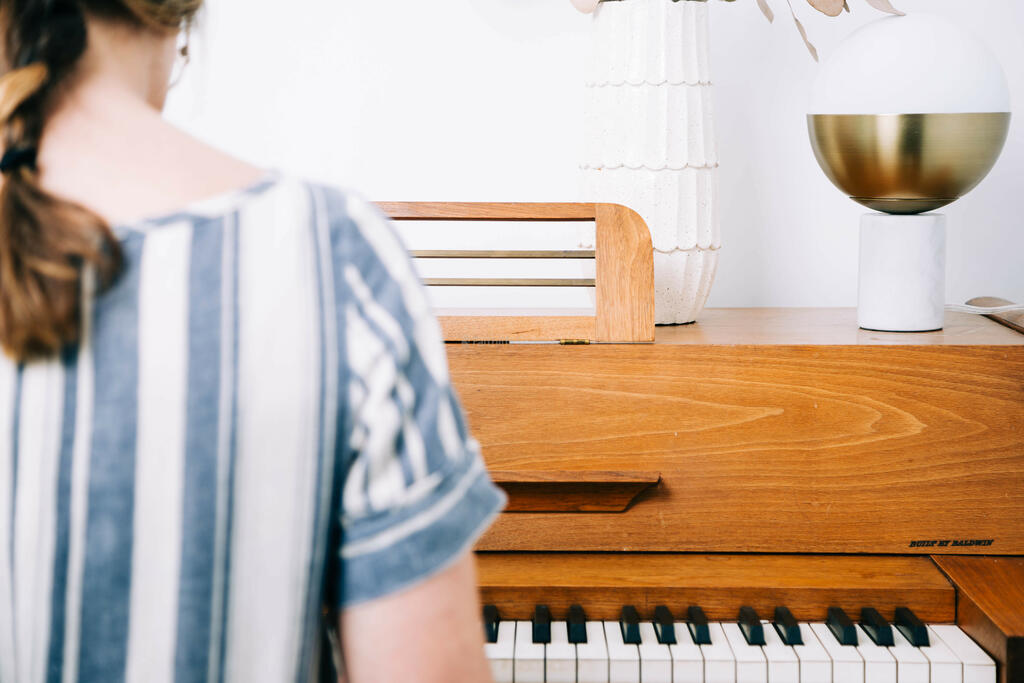 Woman Playing Piano large preview
