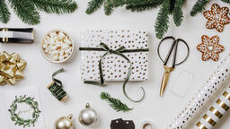 Wrapping a Christmas Present  image 2