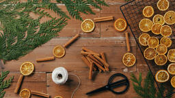 Orange and Cinnamon Stick Garland  image 1