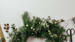 Christmas Wreath Making  image 3