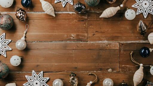 Border of Christmas Ornaments