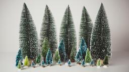 Modern Christmas 2018 bottle brush trees 16x9 a642404f c089 4839 a09c 2c45397619ff image