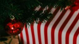 Modern Christmas 2018 red ornament 16x9 7f7a056c 7b5f 4789 94c4 9b3af2889ee3 image