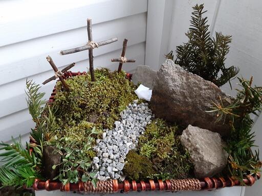 Resurrection Garden.Arruda