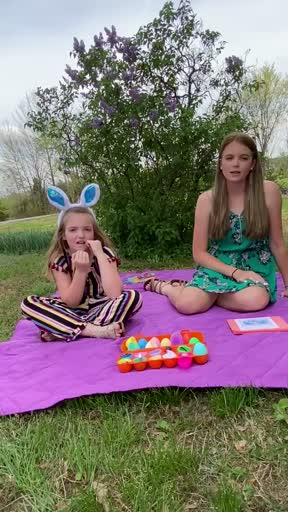 Brylee and Josey - Easter 2020
