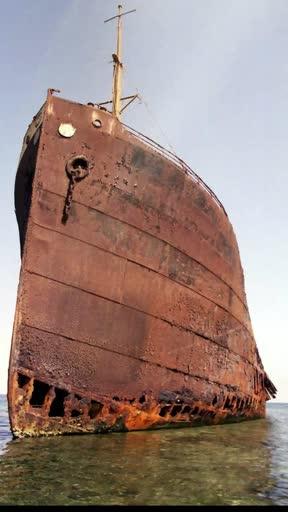 007 Shipwrecked Faith Hoist The Mainsail Pt 1