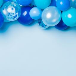 Blue Balloon Garland  image 1