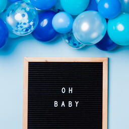 Oh Baby Letter Board with Blue Balloon Garland  image 2