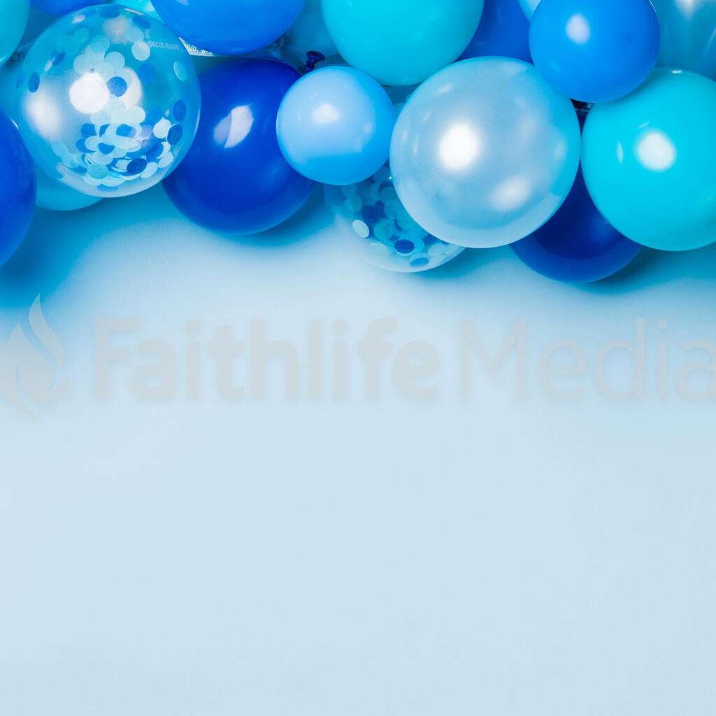 Blue Balloon Garland large preview