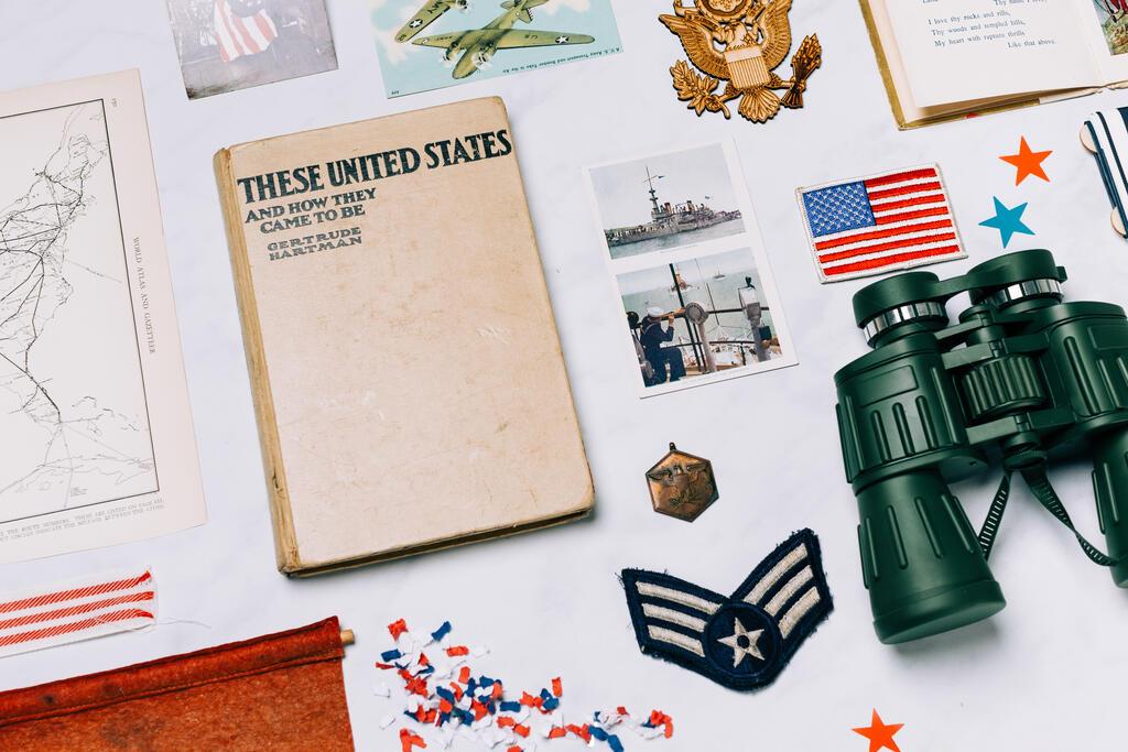 Vintage USA Paraphernalia large preview