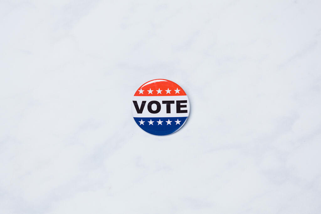 Vote Pin large preview