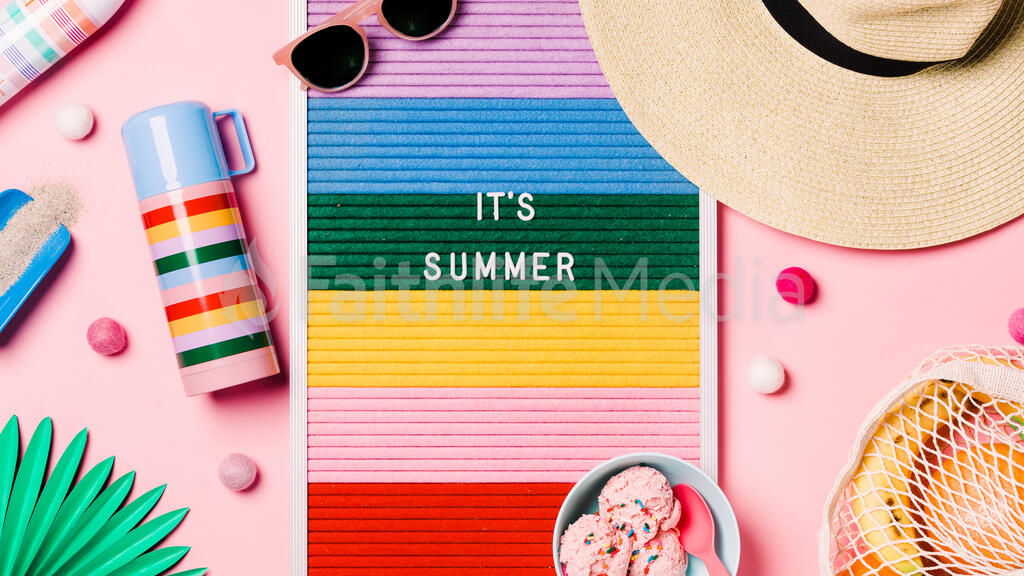 It's Summer Letter Board with Beach Day Supplies on Pink Background large preview