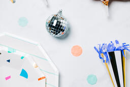 2021 New Year's Party Supplies  image 9