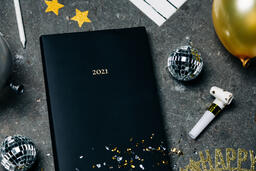 2021 Notebook with New Year's Eve Party Items  image 11