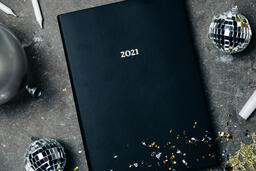 2021 Notebook with New Year's Eve Party Items  image 5