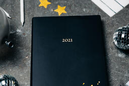 2021 Notebook with New Year's Eve Party Items  image 3