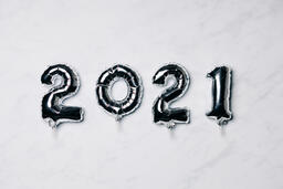 Metallic 2021 Balloons  image 2