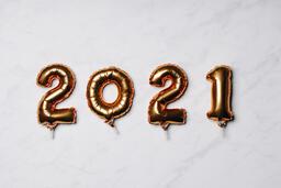 Metallic 2021 Balloons  image 1