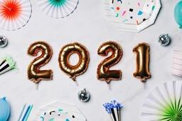 2021 New Year's Party Supplies  image 1