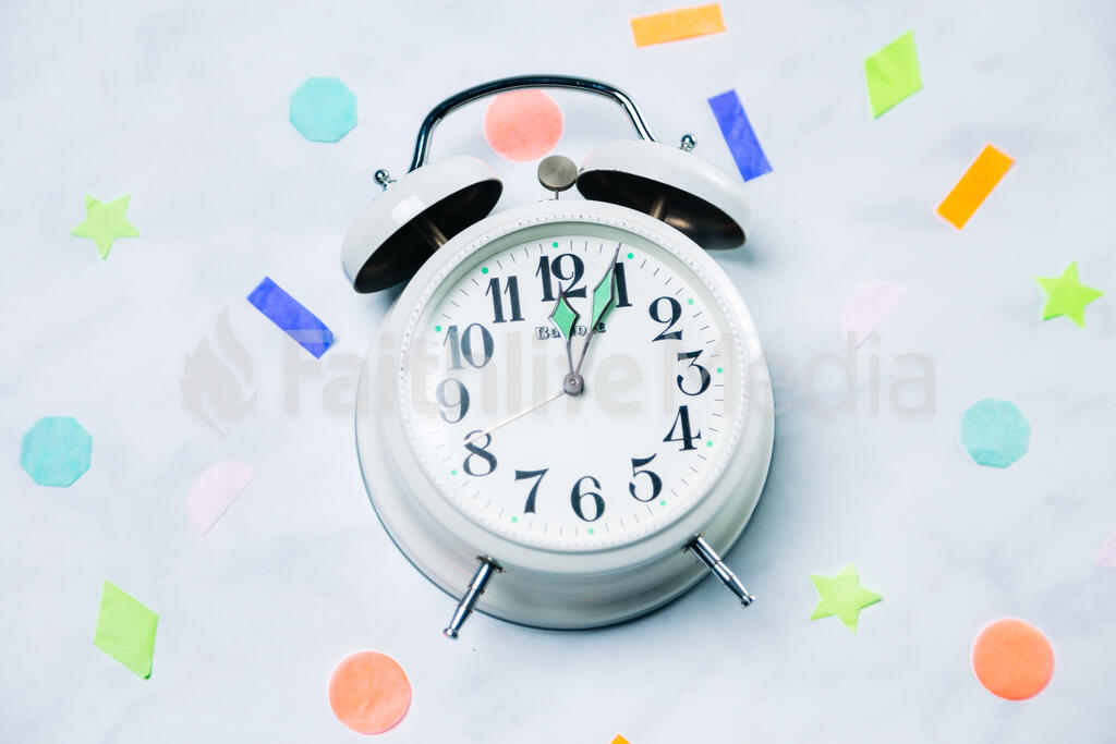 Clock Striking Midnight with Confetti large preview